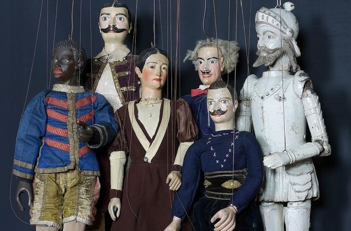 Héros de fil et de bois : marionnettes de Lille et de Roubaix