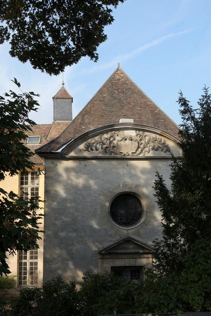 Crédits image : Musée Maurice Denis, façade de la chapelle.Photo J.Y. Lacôte, CDY.