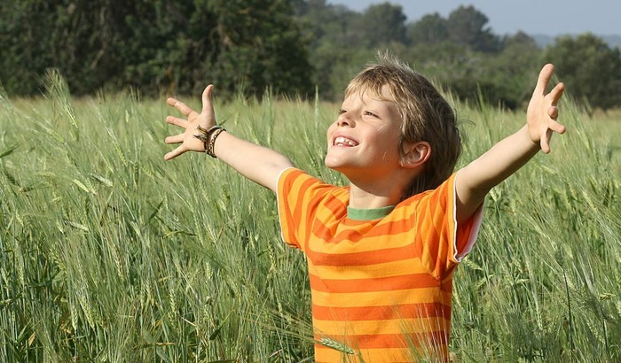 Initiation à l'adoration eucharistique pour les enfants adorateurs