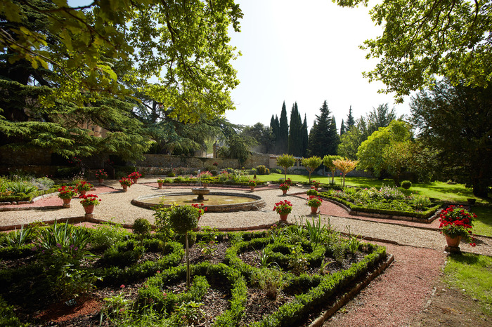 French-style garden of the Castle of the Threshold