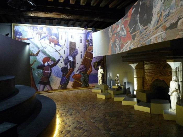 Crédits image : Salle multimédia Maison Jeanne d'Arc Orléans - La Fabrique Créative