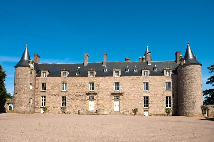 Journées du patrimoine 2018 - Le château de Bienassis vous offre un aperçu de la vie de château du XVème siècle à aujourd'hui.