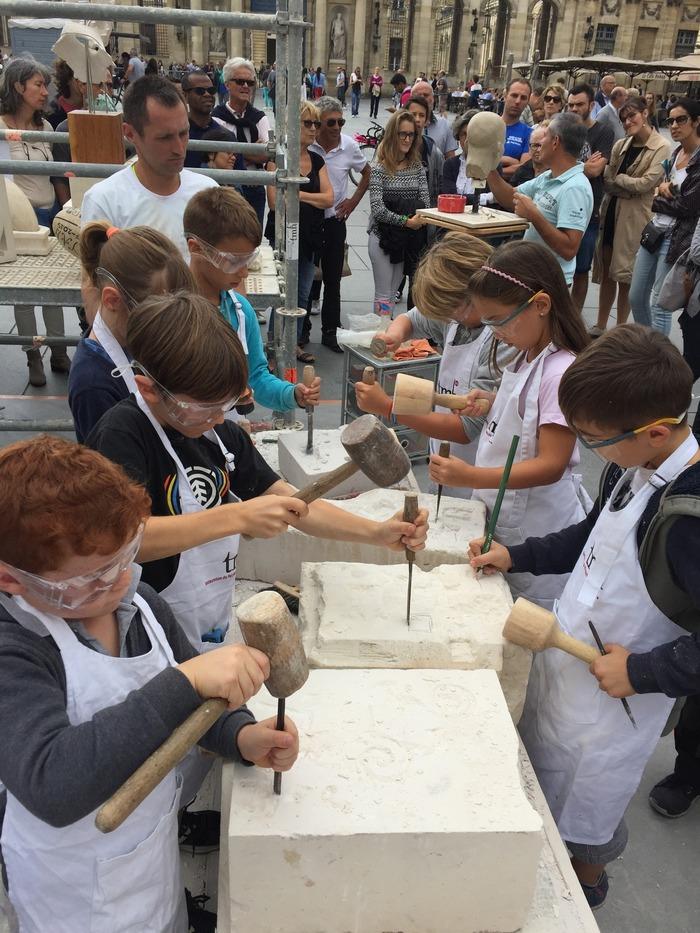 Journées du patrimoine 2018 - Atelier de taille de pierre et d'ardoise à l'occasion des journées européennes du patrimoine.