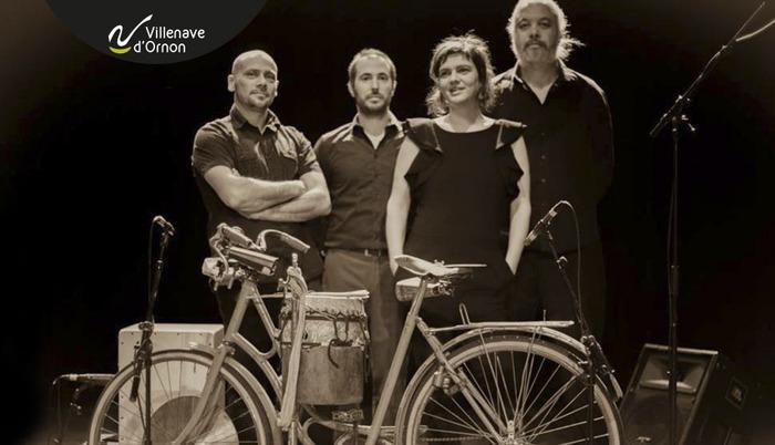 Julie et le vélo qui pleure | Fragiles, debout
