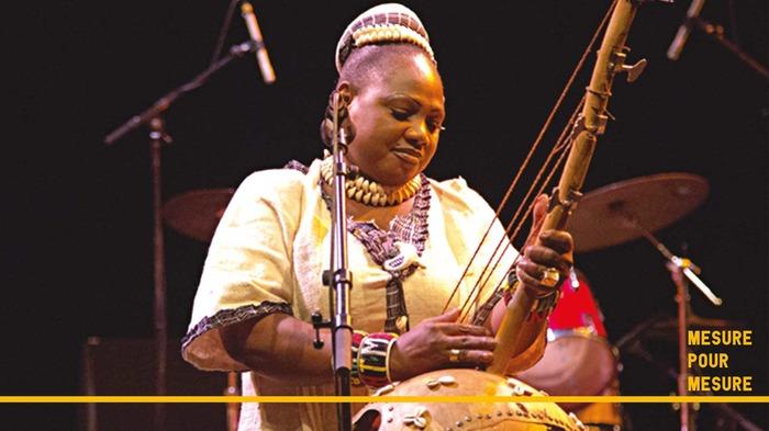 Kogoba Basigui - Eve Risser, Naïni Diabaté
