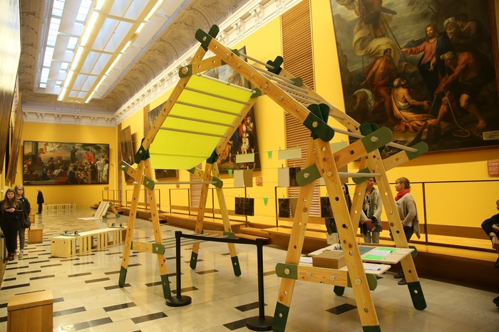 Journées du patrimoine 2018 - Exposition d'une cabane extraordinaire conçue et habillée par les habitants d'Arras.