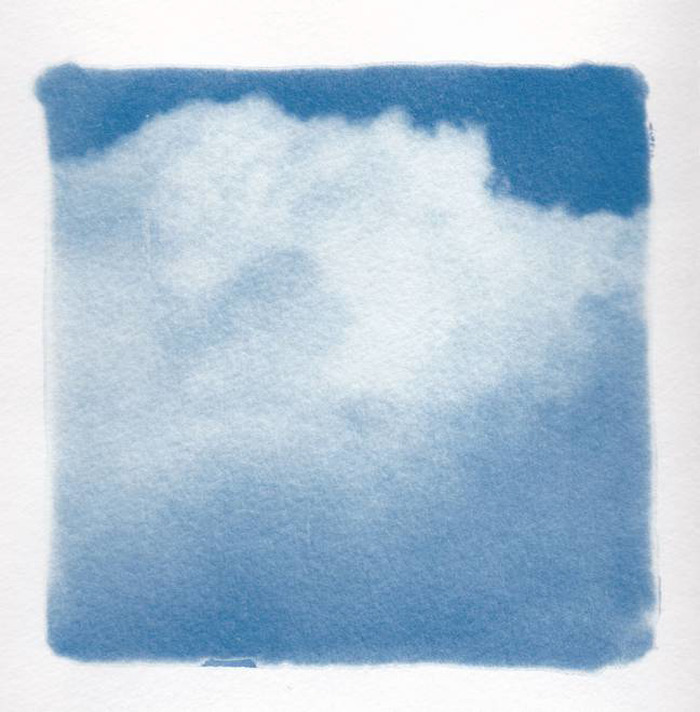 Crédits image : ©Florence Doutriaux - Ciel - Série de cyanotypes - 15x15 cm sur papier aquerelle 300g