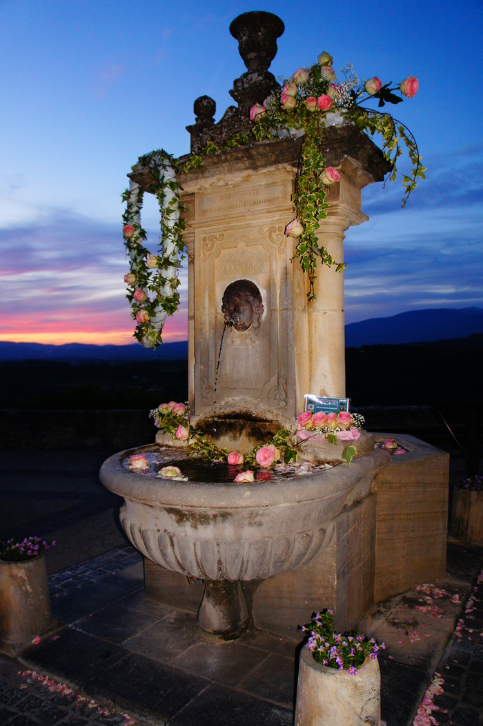 La Nuit Romantique à Venasque