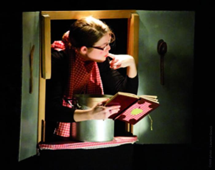 La Valse des Petits Carreaux - Compagnie des Trois valoches
