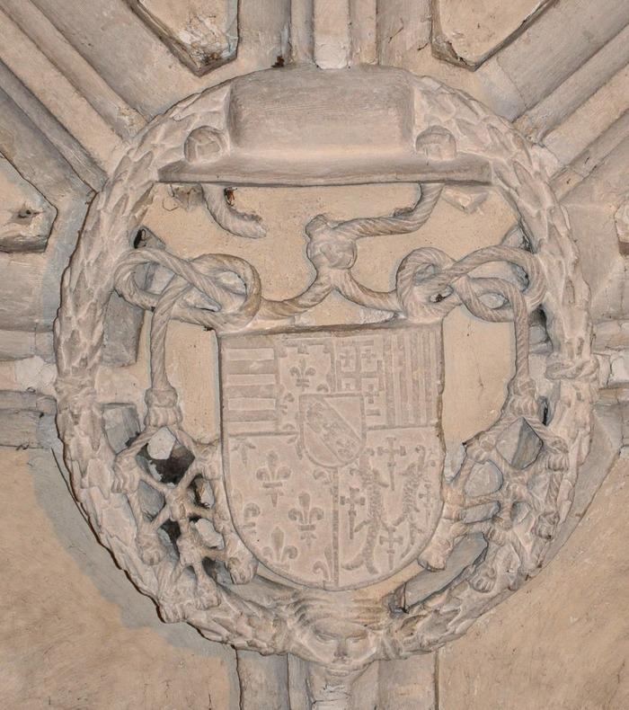 Crédits image : Eglise de Varangéville clé de voûte aux armes de Jean de Lorraine - Etienne Remy, association mémoire de varangéville