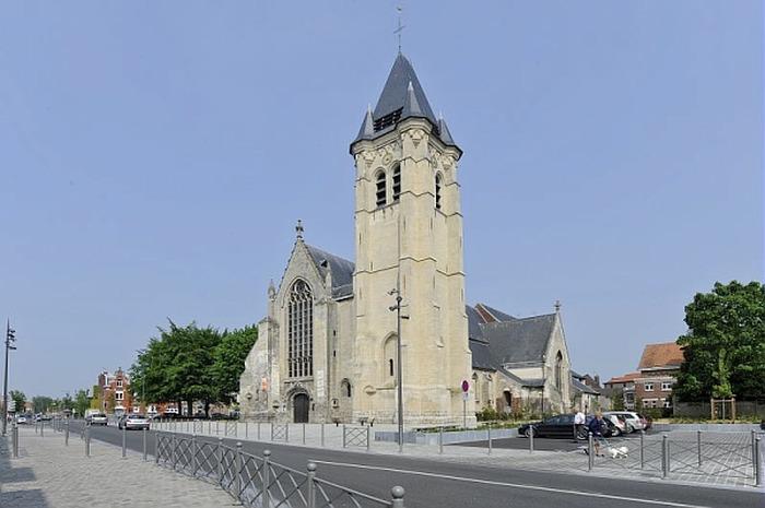Le céphalophore Saint-Piat et le quartier canonial de Seclin