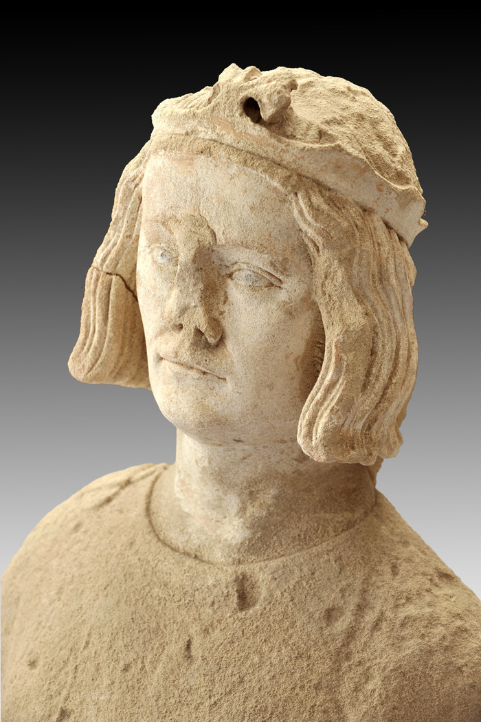 Crédits image : Buste de Saint Louis, XIVe siècle. Musée Antoine Vivenel, Compiègne, photo: C.Schryve