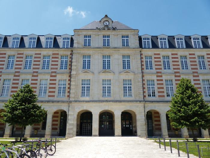 Crédits image : © Service Ville d'art et d'histoire - Ville de Cognac