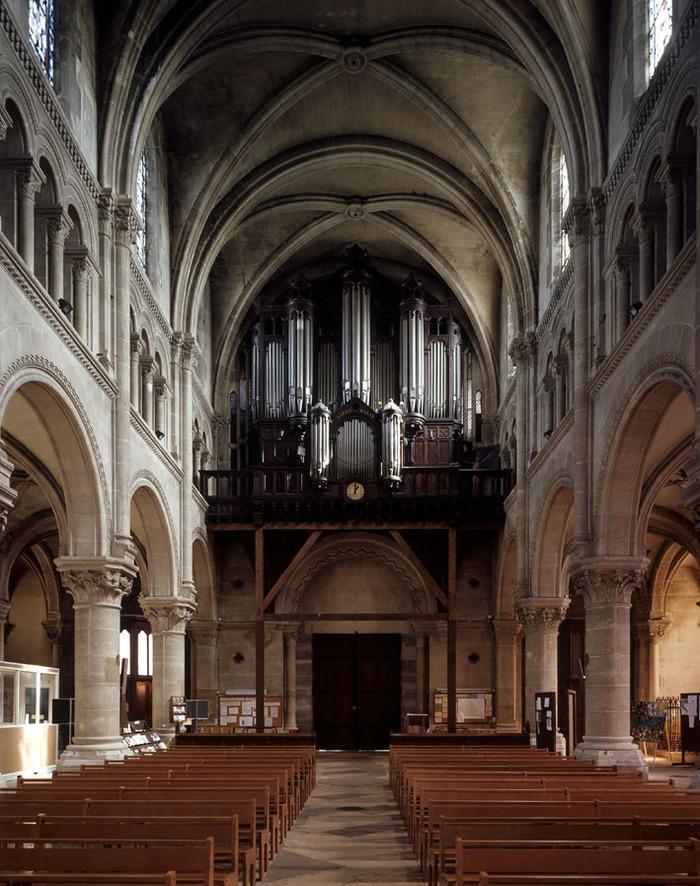 Crédits image : La nef et le grand orgue de tribune de la basilique Saint Denys, copyright Ville d'Argenteuil
