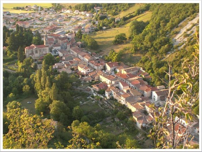 Crédits image : Vue aérienne de Barbières  © Mairie de Barbières