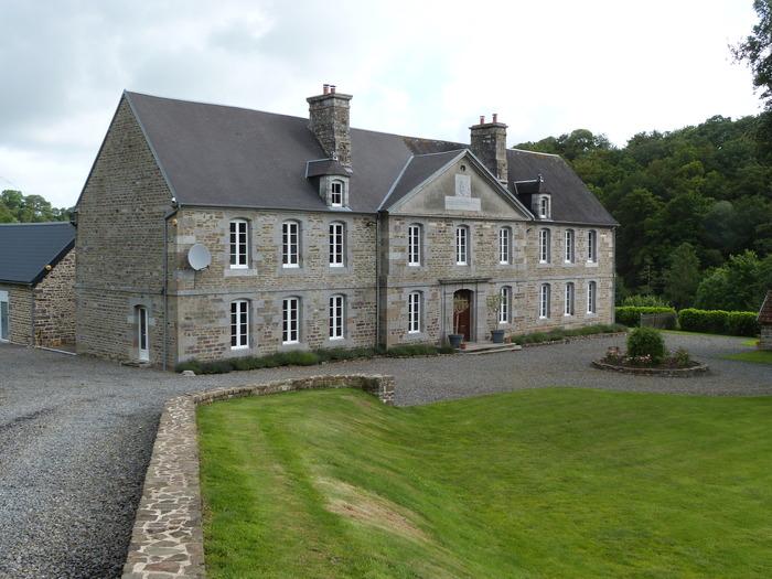 Crédits image : © Office de Tourisme de Villedieu-les-Poêles