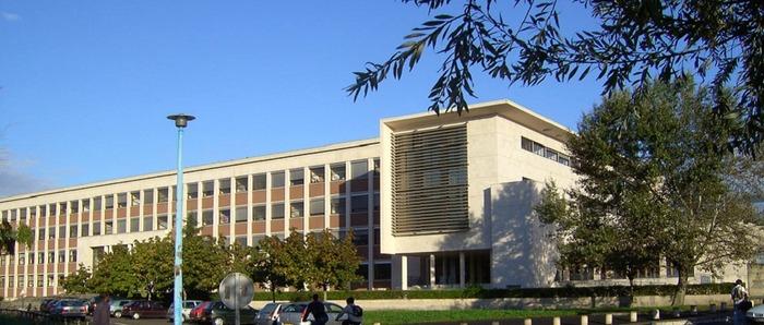 Les Poètes du campus