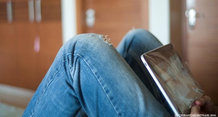 Les sociabilités juvéniles et les pratiques professionnelles à l'épreuve du numérique