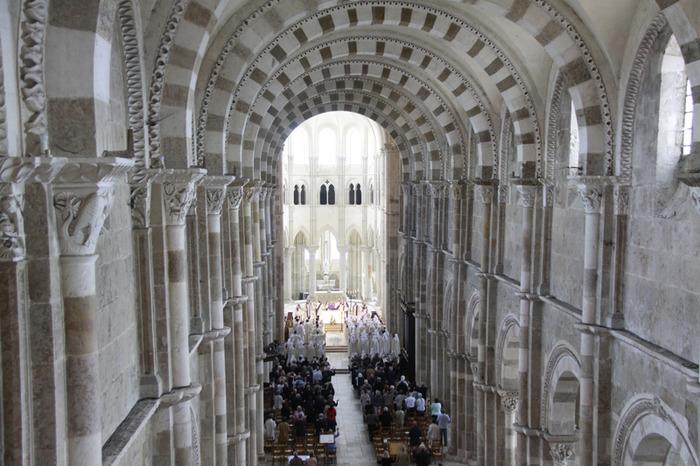 Liturgies monastiques à Vézelay