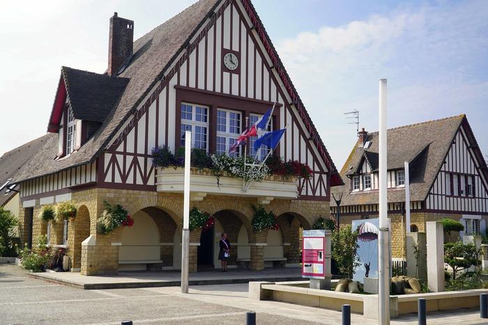 Journées du patrimoine 2017 - Exposition sur les mairies du Pays d'Auge