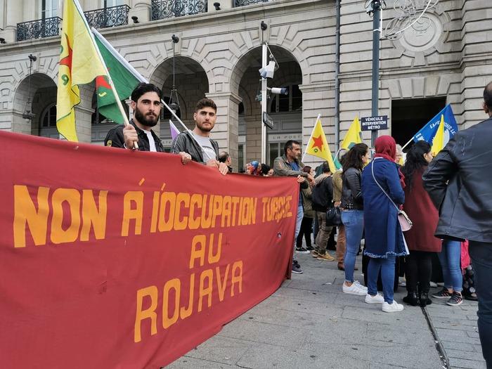 Manifestation contre l'attaque du Rojava