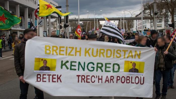 Manifestation contre l'attaque du Rojava - GUINGAMP