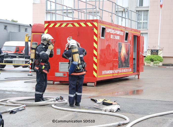 Crédits image : Cellule d'entraînement aux feux - Photographie : communication SDIS10