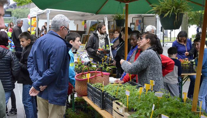 Marché de Printemps : produits bio, équitables, petits producteurs et artisanat local