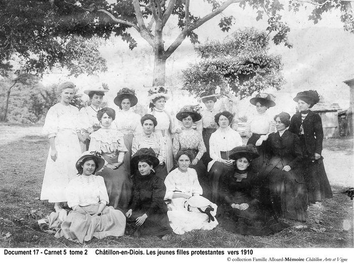 Journées du patrimoine 2017 - Mémoire quotidienne châtillonnaise : Jeunesse, écoles, culture et paroisses, 1850-1950