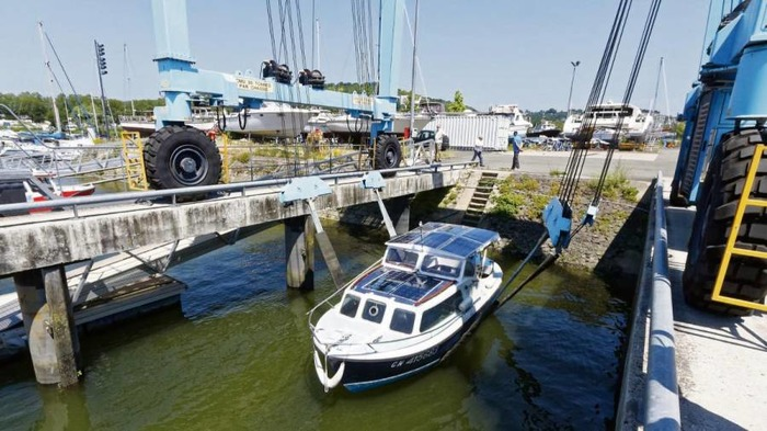 Microcroisières sur la Seine en bateaux solaires