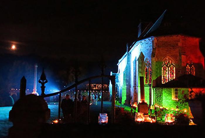 Journées du patrimoine 2018 - Mise en valeur des vitraux de l'église