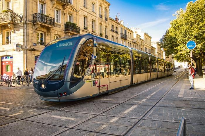 Mobilité : Quels transports collectifs demain à Bordeaux ?