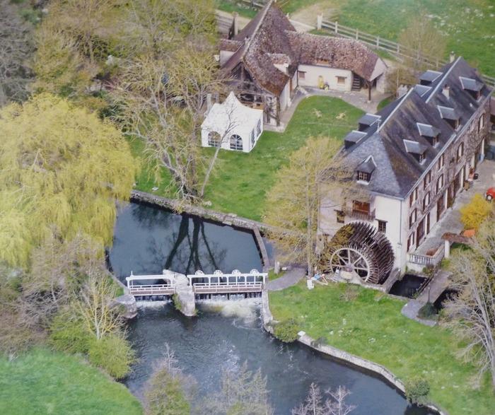 Journées du patrimoine 2017 - Moulin à eau et son immense roue à aubes