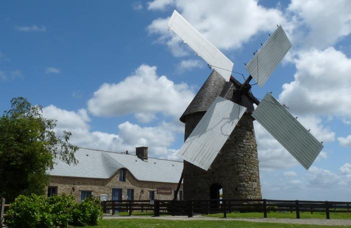 Crédits image : Moulin à vent du Cotentin