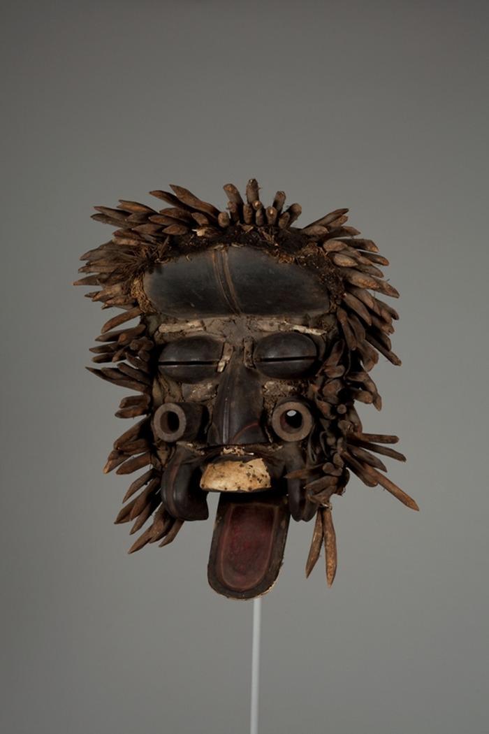 Crédits image : Masque wè, Côte d'Ivoire, Musée Africain. Photo: Jean-Julien Ney