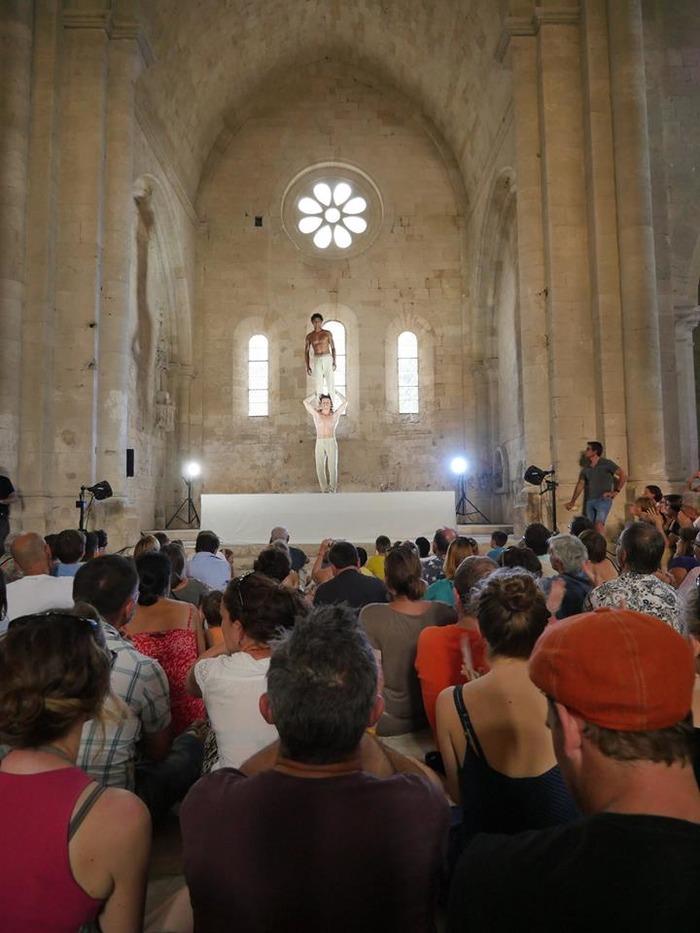 Journées du patrimoine 2018 - Performances de Cirque contemporain à l'Abbaye de Silvacane