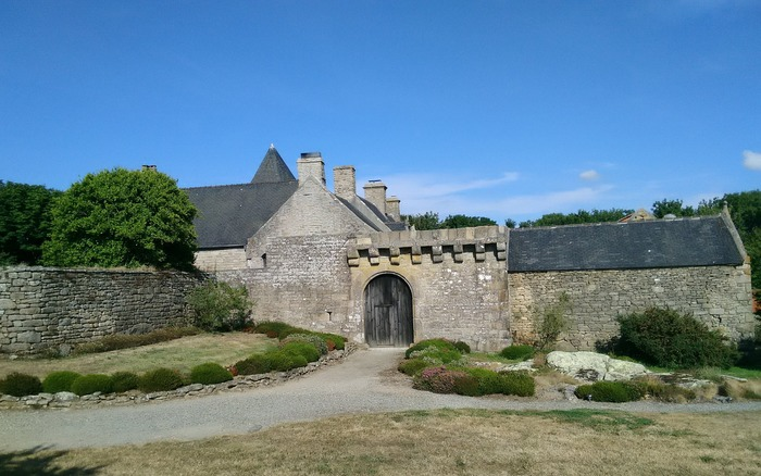 Journées du patrimoine 2018 - Portes ouvertes au manoir de Kerenneur en présence de l'association « Teñzoriou-Ploerin »