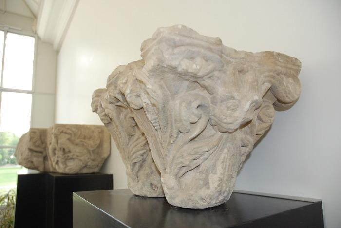 Journées du patrimoine 2018 - Présentation des deux chapiteaux en pierre