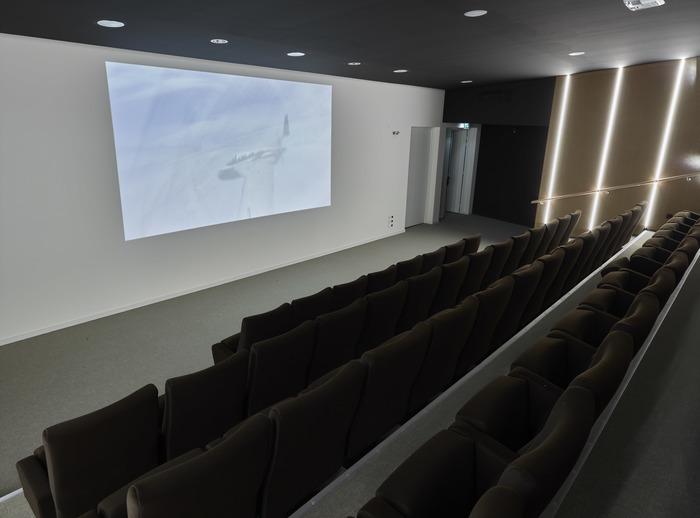 Projection de films polaires à l'auditorium Jean-Christophe Victor