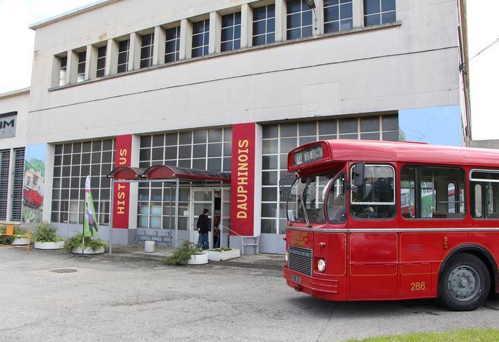 Journées du patrimoine 2019 - Promenades en bus et car anciens dans Pont-de-Claix.