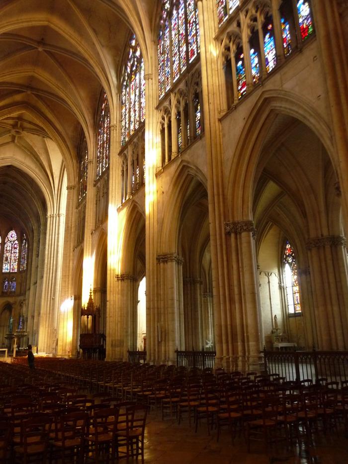Crédits image : Nef de la cathédrale de Troyes - Photographie : Marie-Anne Ballot