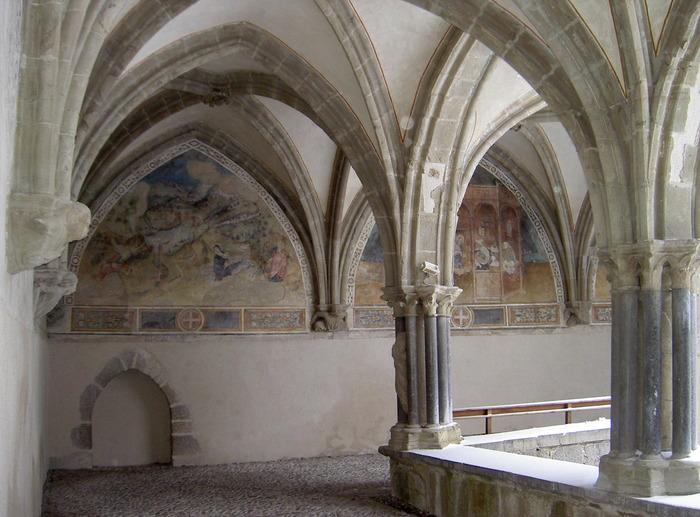 Journées du patrimoine 2018 - Découvrez la restauration des peintures murales du cloître de l'abbaye d'Abondance.