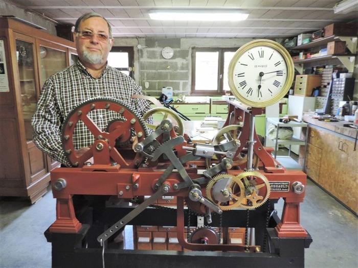 Journées du patrimoine 2018 - Rénovation de l'ancienne horloge du campanile de la Mairie