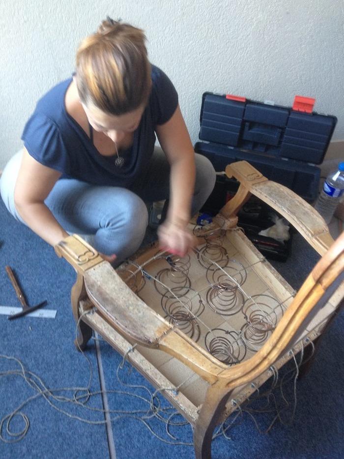 Journées du patrimoine 2018 - Restauration d'un fauteuil Voltaire en garniture traditionnelle