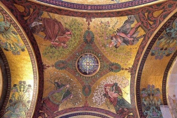 Journées du patrimoine 2018 - Restauration des mosaïques de la nef du mausolée de Bourgogne (Marne)