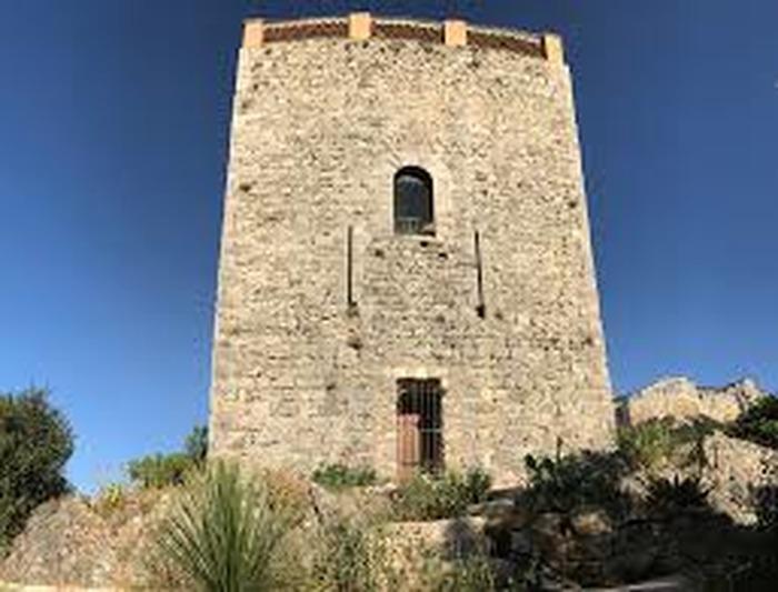 Journées du patrimoine 2018 - Tour donjon - XIIIe siècle