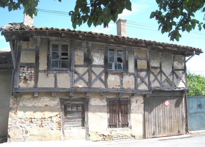 Journées du patrimoine 2018 - Visite commentée d'une maison ancienne dans Bâgé-le-Châtel.
