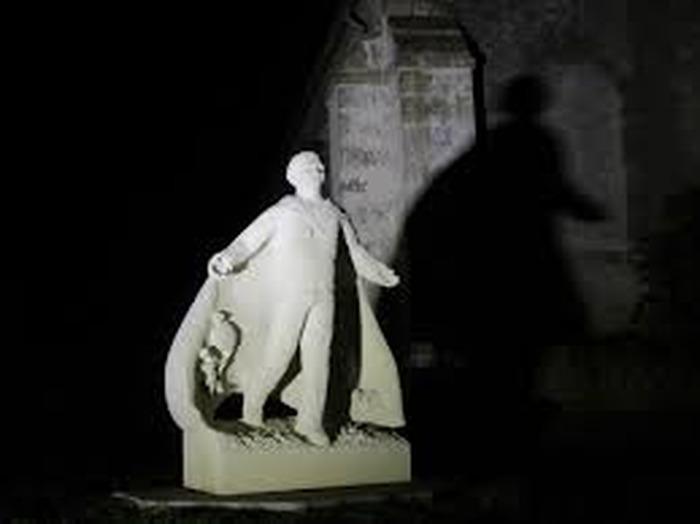 Journées du patrimoine 2018 - Une parenthèse enchantée - Promenade pour découvrir les Pierres R'art du Donziais