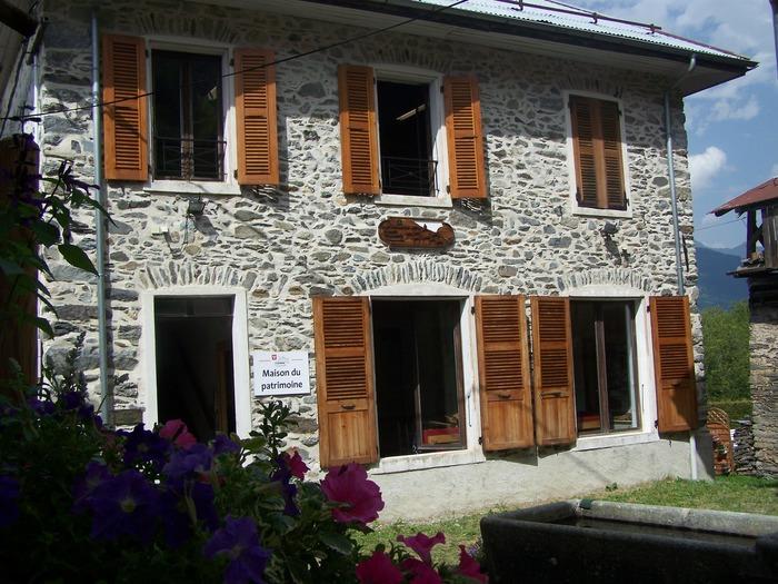 Journées du patrimoine 2018 - Visite du village de Villarnard et de la maison du patrimoine.