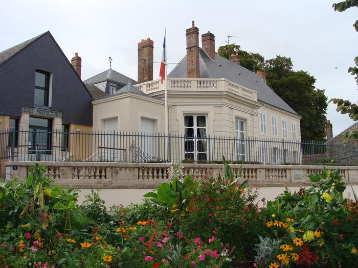 Journées du patrimoine 2018 - Visite libre de la sous-préfecture de Mortagne-au-Perche
